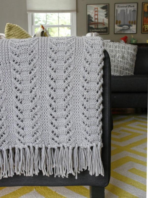 Lace blanket Catkin. Knitting pattern free download.