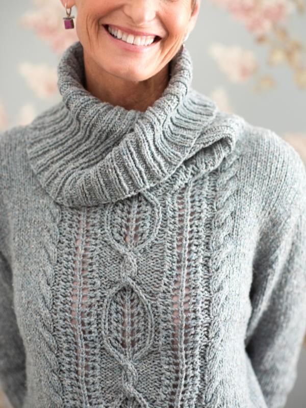 Cozy sweater Keene. Free knitting pattern.