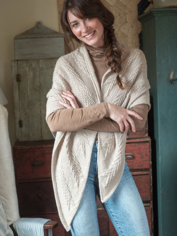 Knit textured shawl Orford. Free written pattern.