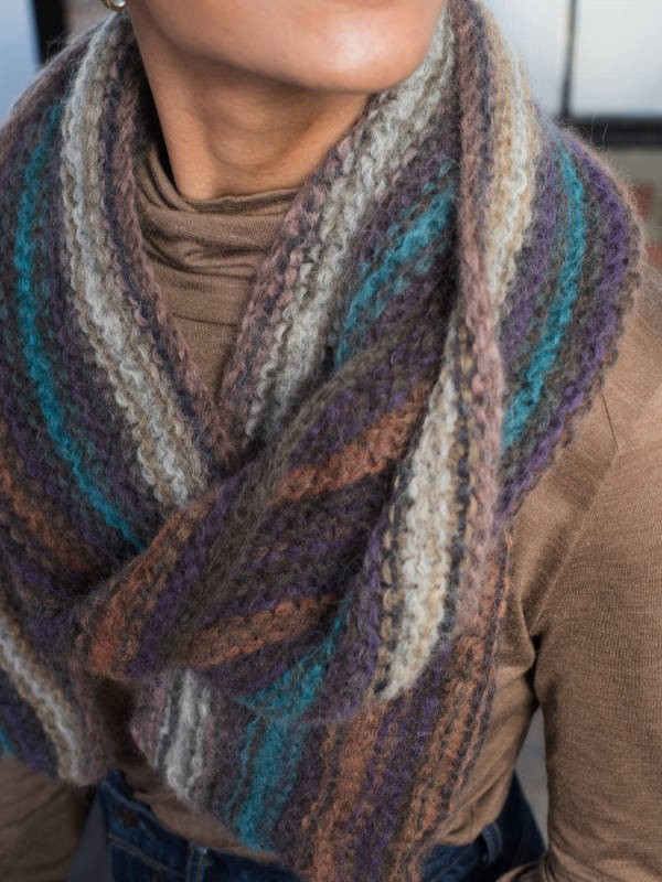 Knit colored scarf Oxbow. Free written pattern.