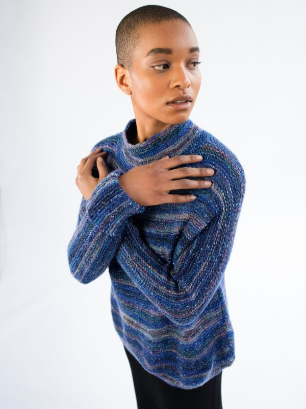 Simple sweater Sea Lough. Free knitting pattern.