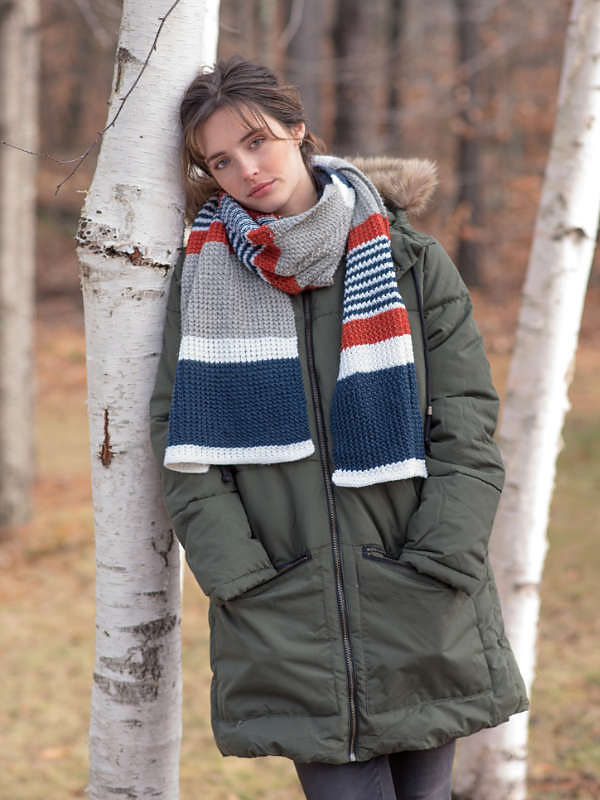 Adults and teens scarf Melville. Free written pattern (stripes colorwork).