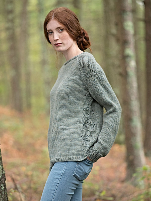 Adults raglan pullover Fountain. Free knitting pattern (lace, crew neck).