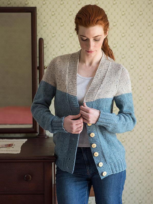 Adults V-neck cardigan Estuary. Free knitting pattern. 2