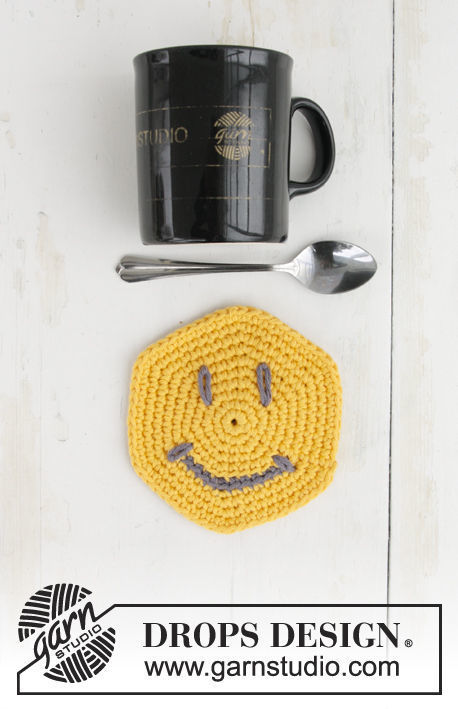 Coaster I See You. Free crochet pattern (Shapes: circle; chart, video tutorial, written pattern).