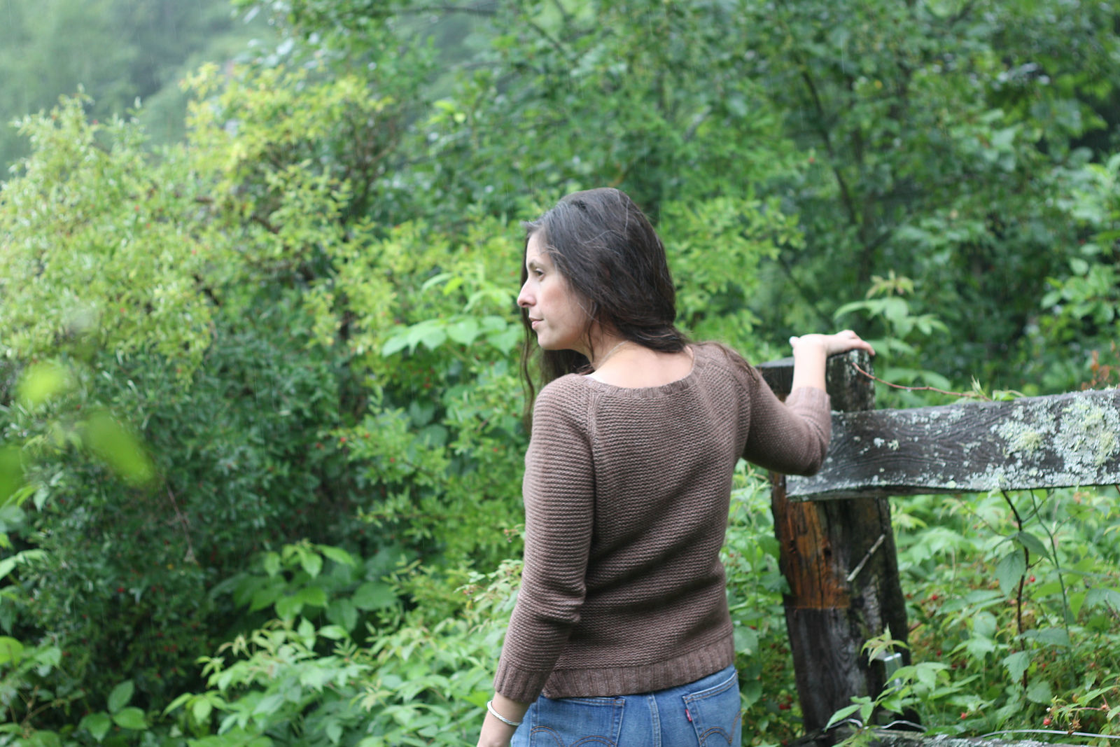 Easy women's raglan pullover Sweetpea. Free knitting pattern. 4