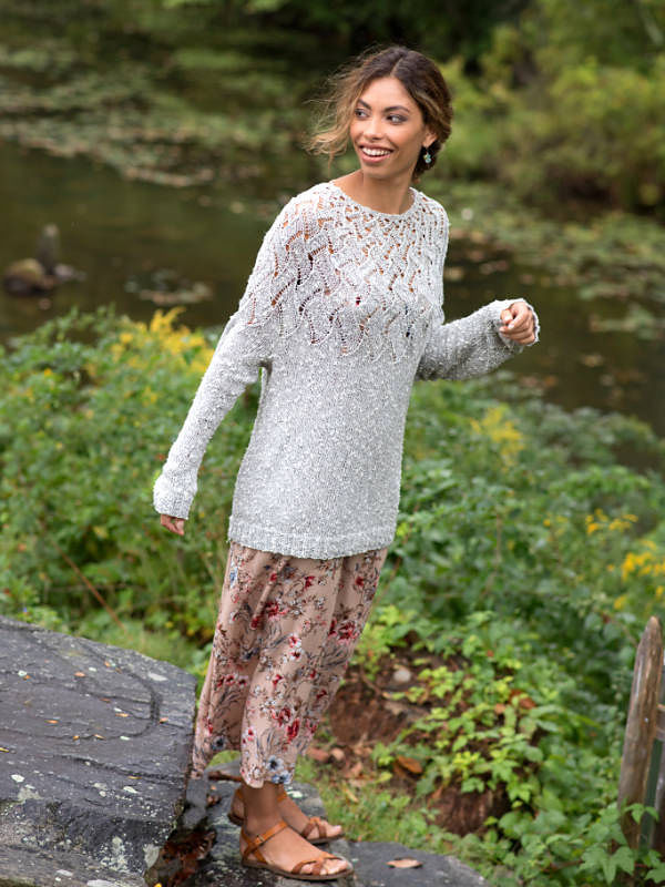 Girls and women's pullover Lisette. Free knitting pattern (lace, one piece).