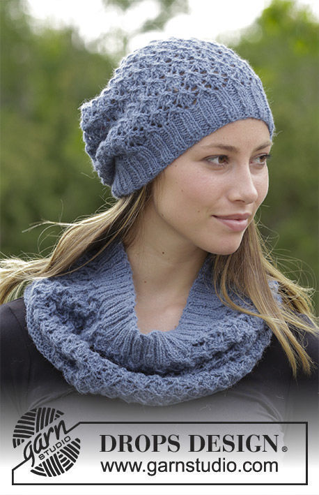 Girls (teen) and women's cowl Poetry. Free knitting pattern.