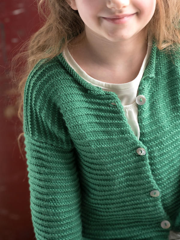 Girls (toddler, children) cardigan Kaylee. Free knitting pattern. 4