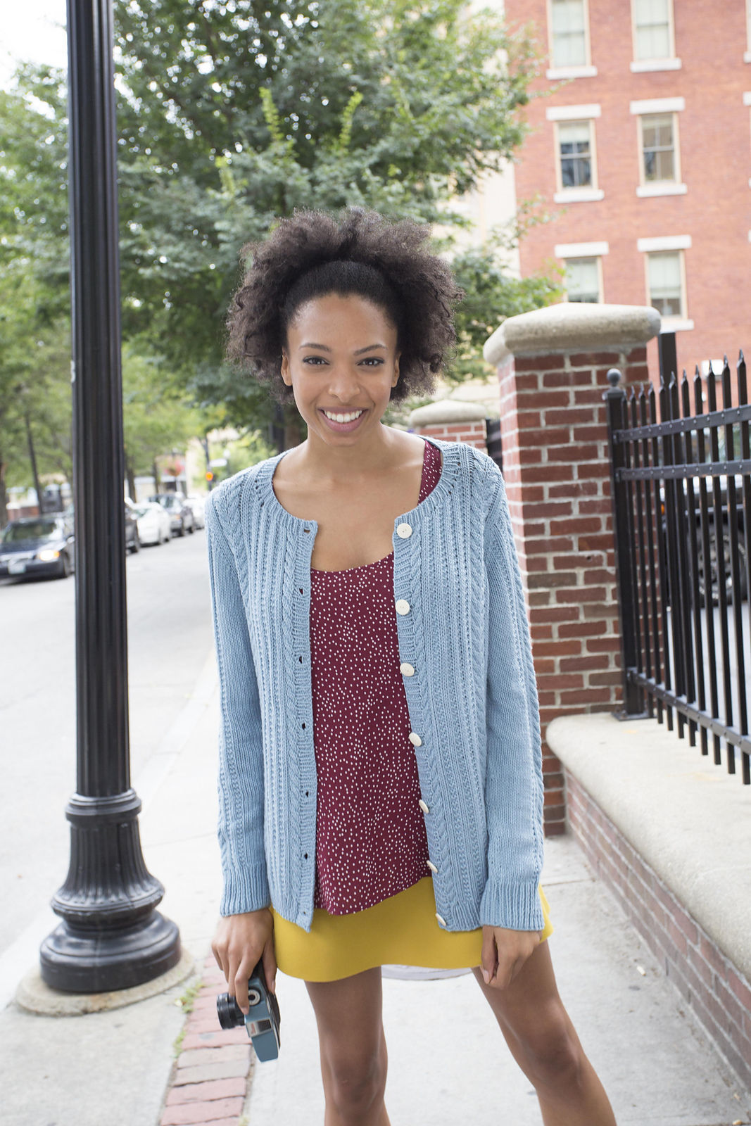 Knit cardigan Watson. Free downloadable pattern (cables, ribbed ribbing).