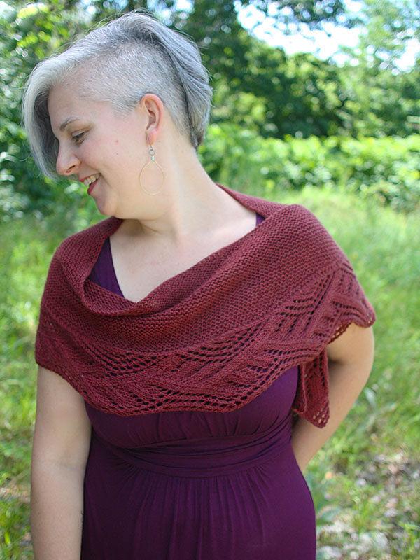 Knitted lace shawl Ceridwen. Free pattern.
