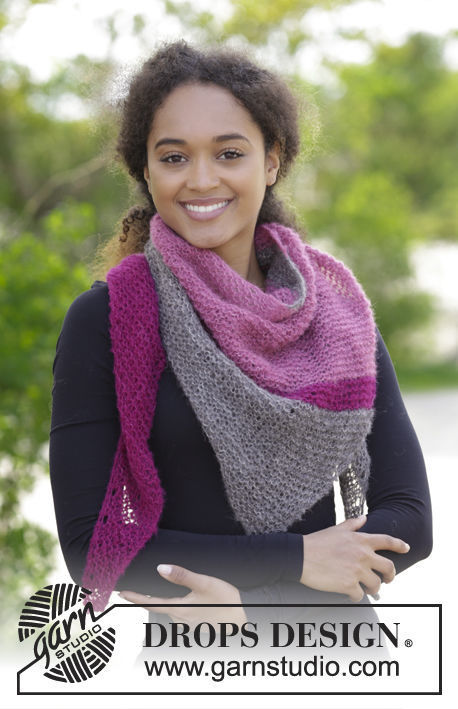 Shawl wrap Everyday Choice. Free knitting pattern (stripes, worked diagonally).