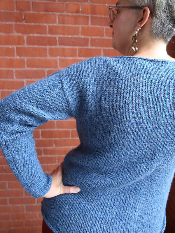 Simple women's sweater Brynnlee. Free knitting pattern. 3
