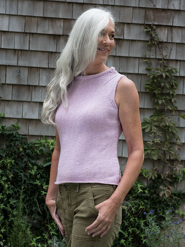 Simple women's tank top Meridan. Free knitting pattern.
