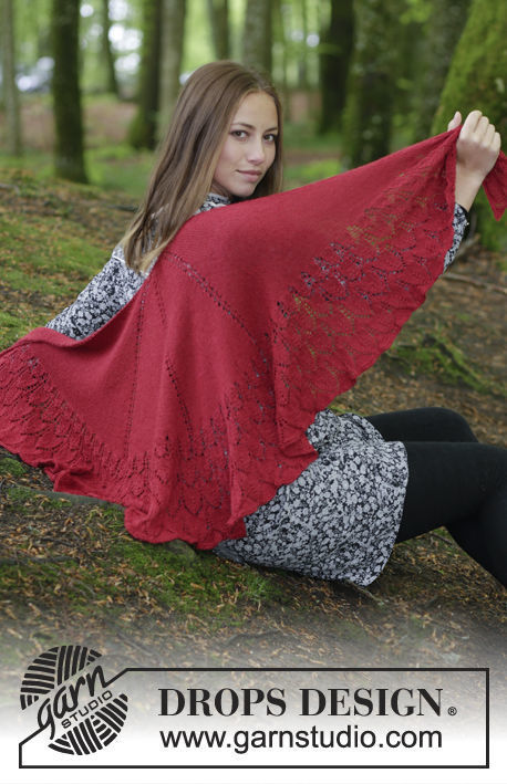 Women's and girls knit shawl wrap Fuego de Dragon. Free easy pattern.