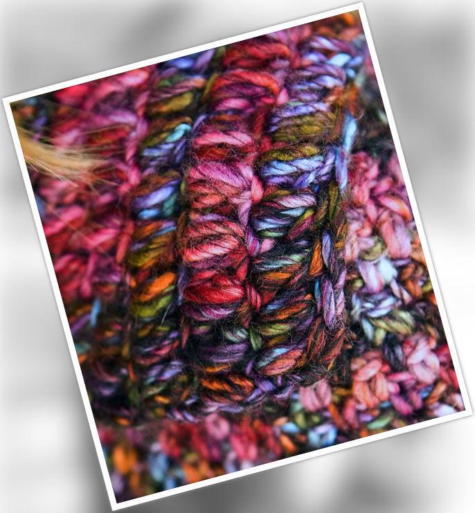 Women's and girls (teen) crochet cardigan Berme. Free easy pattern to download