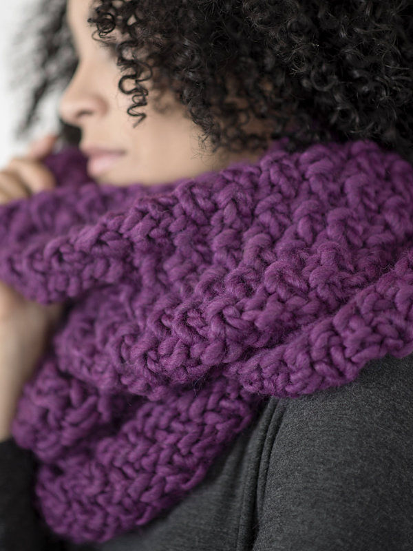 Women's cowl Yura. Free knitting written pattern. 4