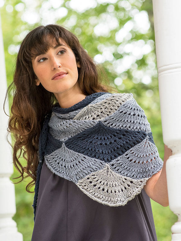 Women's knit shawl Ostro. Free pdf pattern (shapes: triangle).