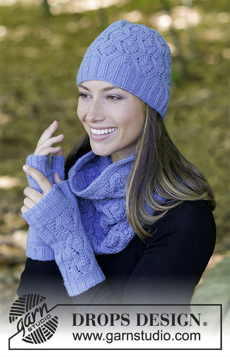 Women's knitted hat Stay Warm with lace pattern.
