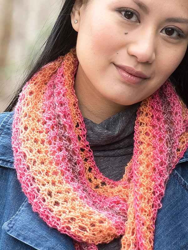 Women's lace scarf Trelawny. Free knitting pattern. 2