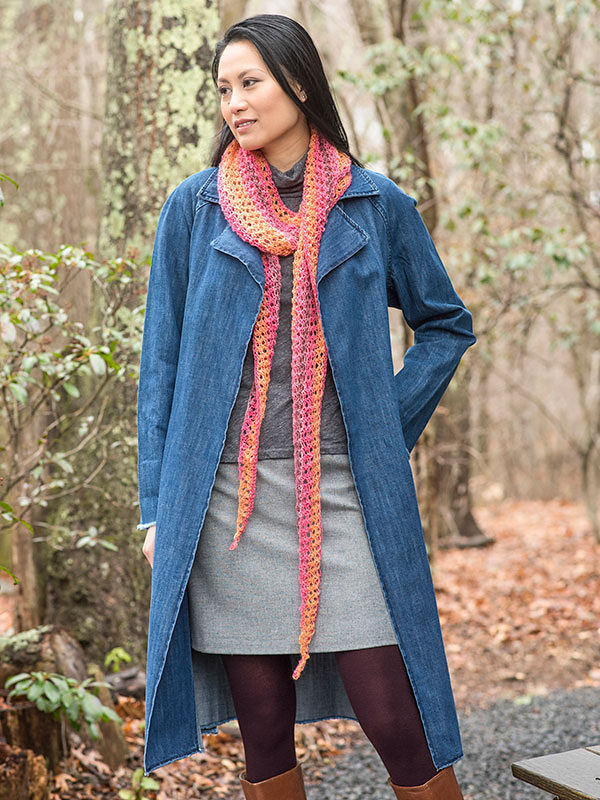 Women's lace scarf Trelawny. Free knitting pattern.