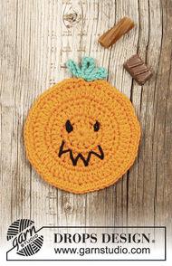 Crochet coaster Pumpkin Latte