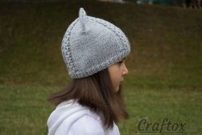 Knit cat ear hat. Right view.