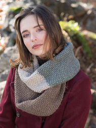 Unisex knit cowl Rosemary. 3