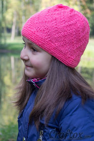 """Zigzag"" beanie - quick and simple. Free knitting pattern."