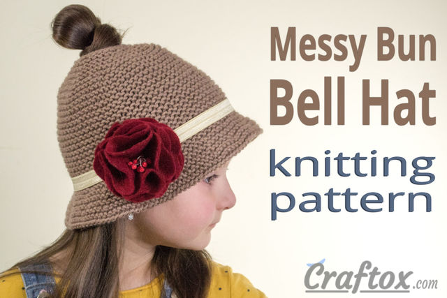 Messy bun Bell hat. Free knitting pattern.